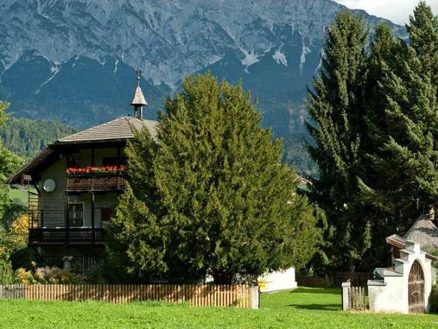 beautiful mountain homes