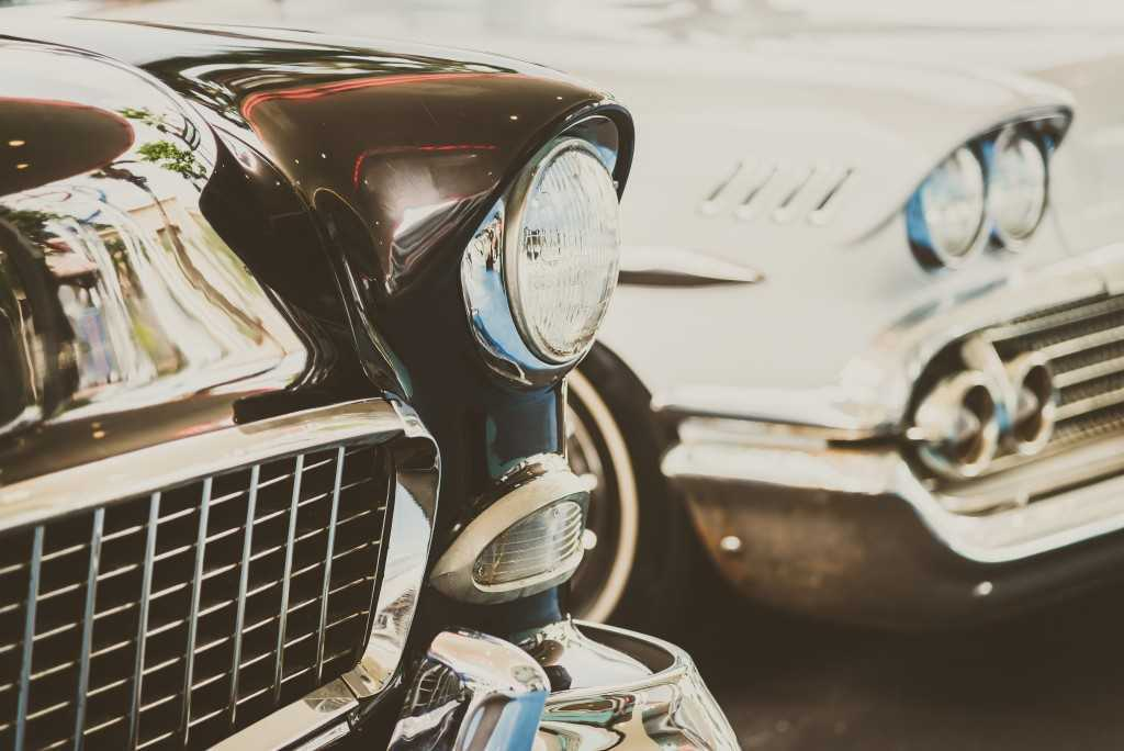 4 Vintage Car Models Enthusiasts are Crazy About