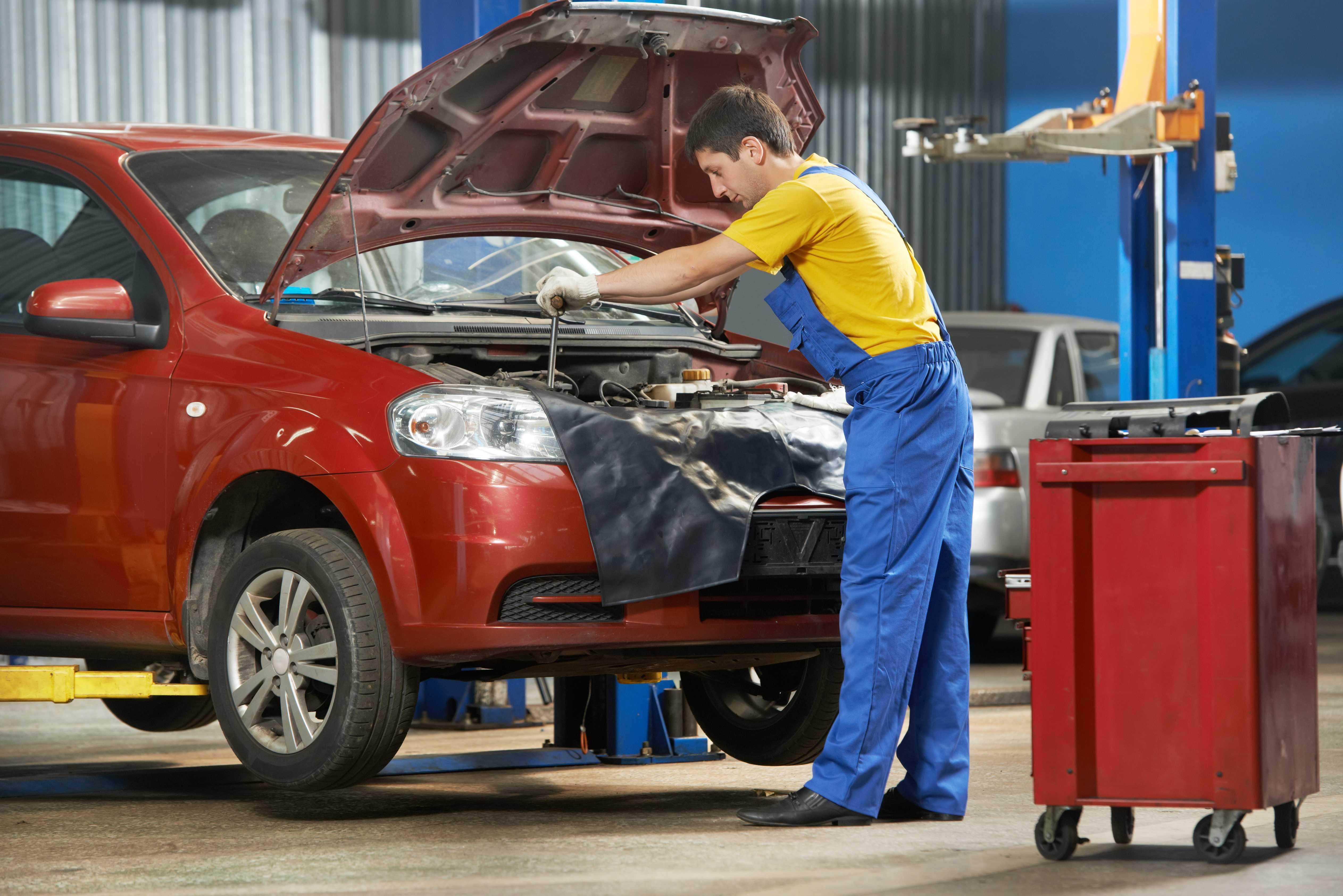 4 Practical Ways to Save Money on Car Repairs