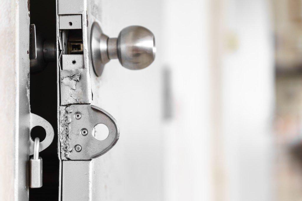 door knob and lock