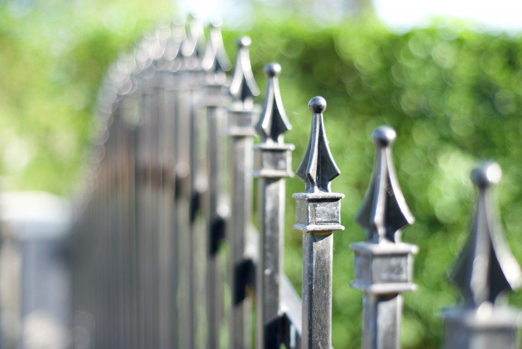 Metal fashion fence
