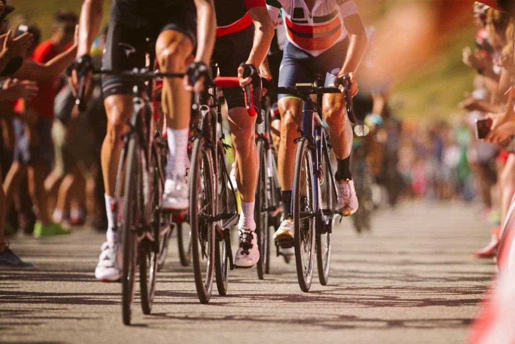 cyclist in marathon