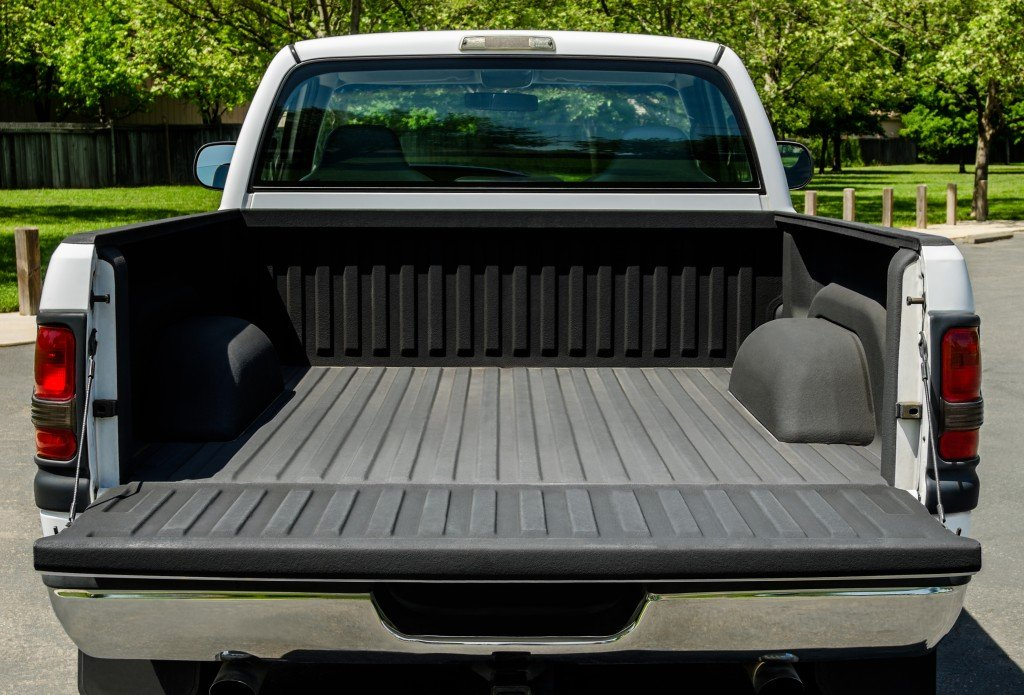 A Look at the Types of Covers for Truck Beds
