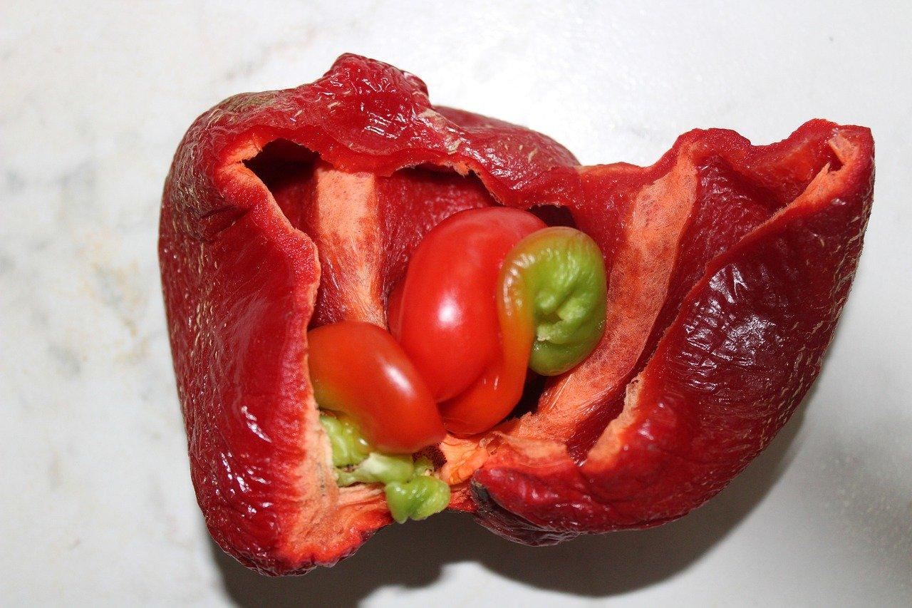 spoiled red bell pepper