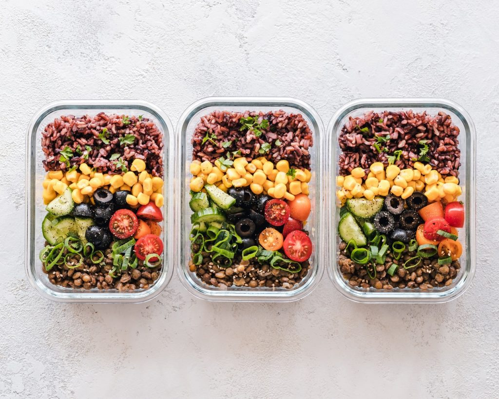 packed lunch healthy food