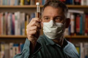 virus researcher