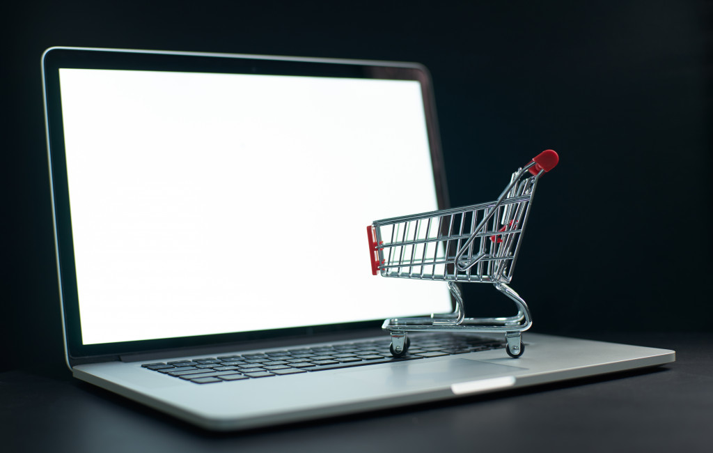 A Shopper's Lifestyle: How to Get the Most of Online Shopping