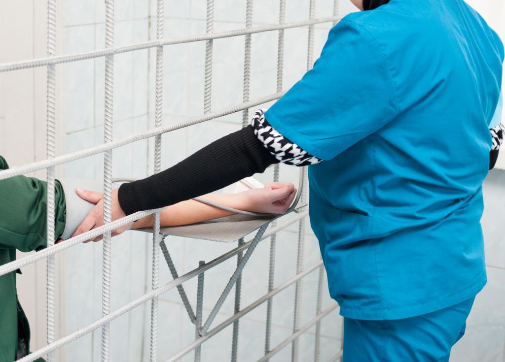 incarcerated woman