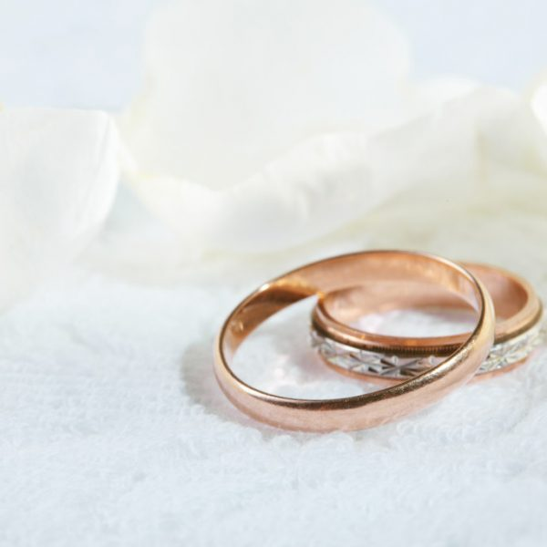 Wedding Announcement: 3 Steps to Take Before You Spread the Word